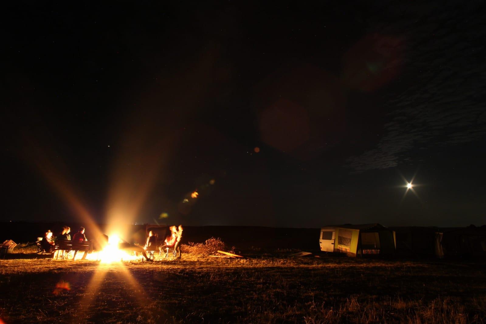 ... und am Abend ein schönes Lagerfeuer.